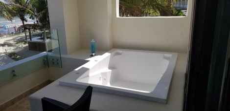 All rooms have a jetted tub